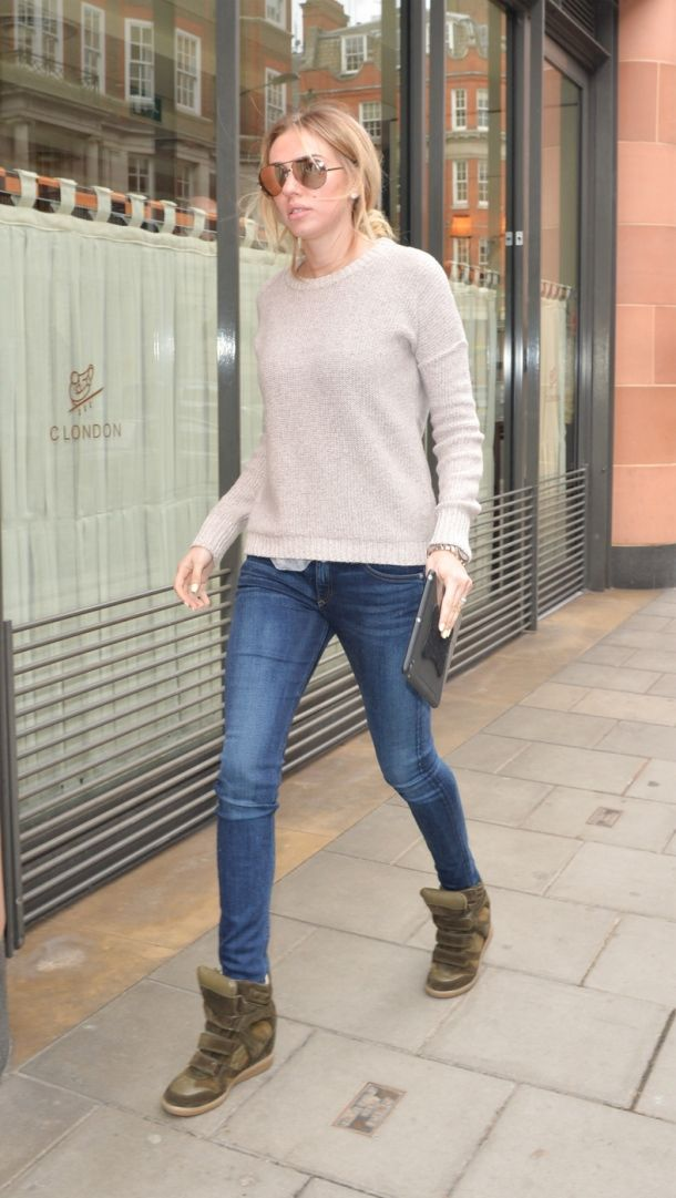 Petra Ecclestone in Rag & Bone The Skinny Jeans