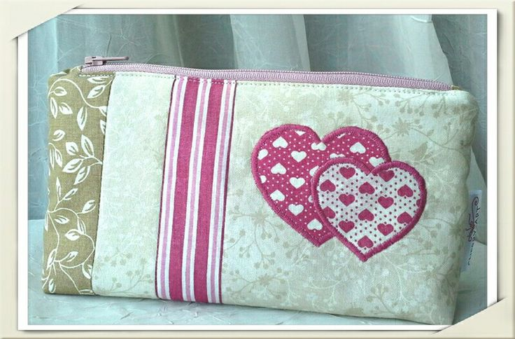 Purse with pink heart