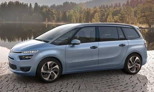 #Citroën #GranC4Picasso. La silhouette est avant tout fluide et élégante, la robustesse qu'évoque sa vue arrière avec son volet coiffant et motorisé est le reflet d'un changement d'époque évident.