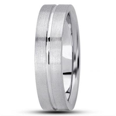 Pipe Cut Single Groove Wedding Ring