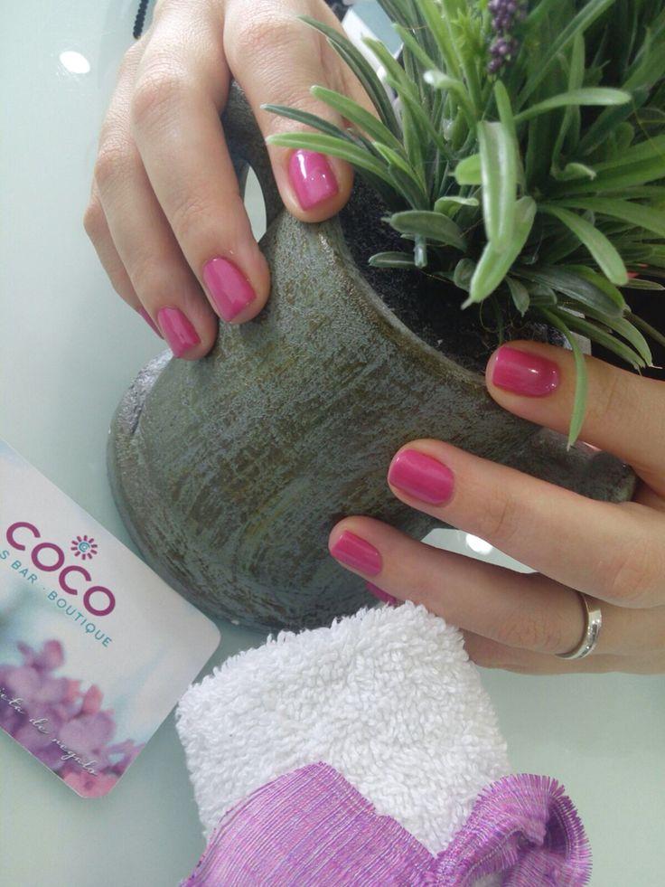 Deep pink Nails