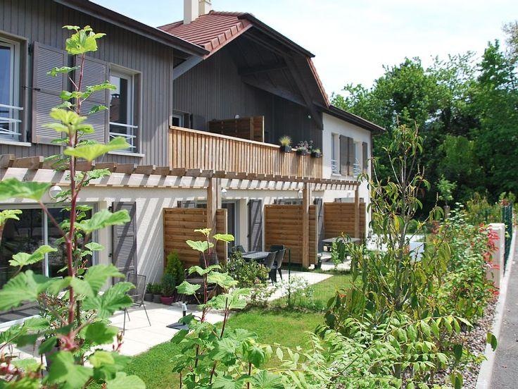 Abritel Location vacances villa Seynod: jardin sud. Abritel Location VILLA neuve 4 étoiles proche Lac d'Annecy tout confort