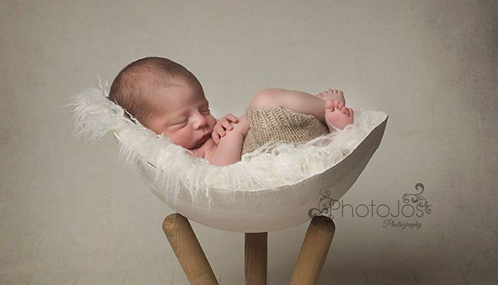 Bump bowl photos are a kind of newborn photography featuring babies inside plaster casts of their mom's pregnant bellies.