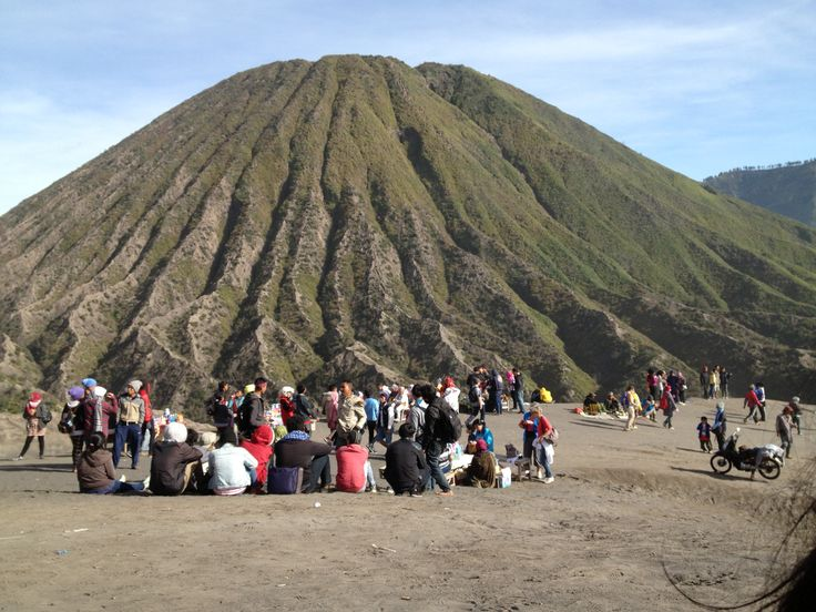 looks like a pudding .... hihihihi ... Batok Mountain - Bromo area - Probolinggo - Jawa Timur - Indonesia ......