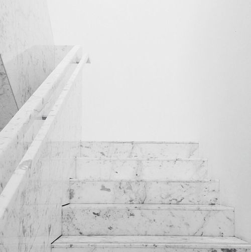 Baño Turco Arquitectura:Marble Stairs