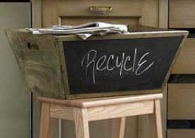 Recycled barn wood: Old Boxes, Cardboard Boxes, Paintings Ideas, Barns Boards, Wood Boxes, Wooden Boxes, Wooden Crates, Chalkboards Paintings Projects, Barns Wood