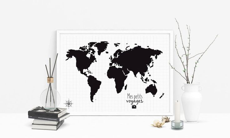"""Une Affiche Carte du monde à personnaliser signée #MaDesign.  """"Mes petits voyages"""" est l'affiche idéale pour le cadeau d'anniversaire d''un ami, frère ou soeur, conjoint. Ou pourquoi ne pas vous faire plaisir!?"""