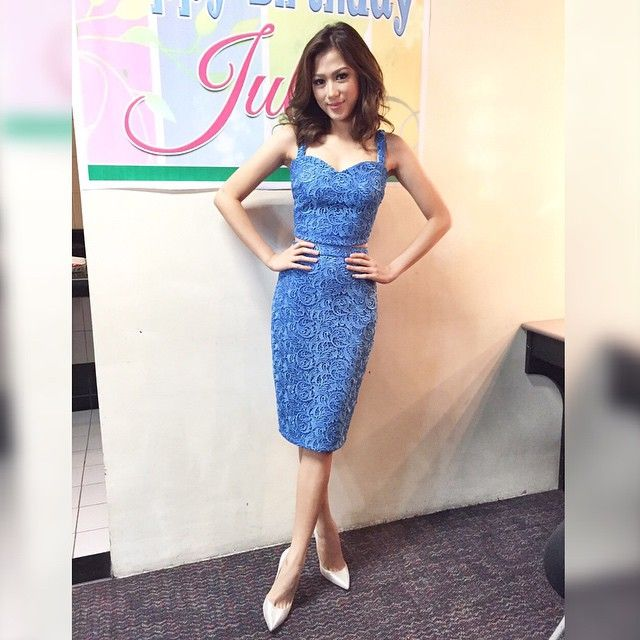 """Terno pieces can be the perfect substitute for dresses.. The nice thing about it is that you can reuse the pieces again with other different pieces (e.g., you can pair the top with jeans) without looking like an """"outfit repeater""""  Dress like our celebrity muse @cathygonzaga who wore a custom lace #sheiralyn top and pencil skirt! Visit us at 33b scout borromeo qc! #custommade  #alexgonzaga #pretty #celebritiesinsheiralyn #fashion #ootd #outfit #celebrities"""