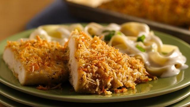 Crispy Garlic-Parmesan Chicken: Crispy Garlicparmesan, Chicken Recipes, Italian Dinners, Garlic Parmesan Chicken, Crispy Garlic Parmesan, Garlicparmesan Chicken, Breads Crumb, Crispy Chicken, Chicken Breast