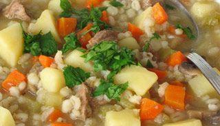 Soupe à l'orge et aux légumes