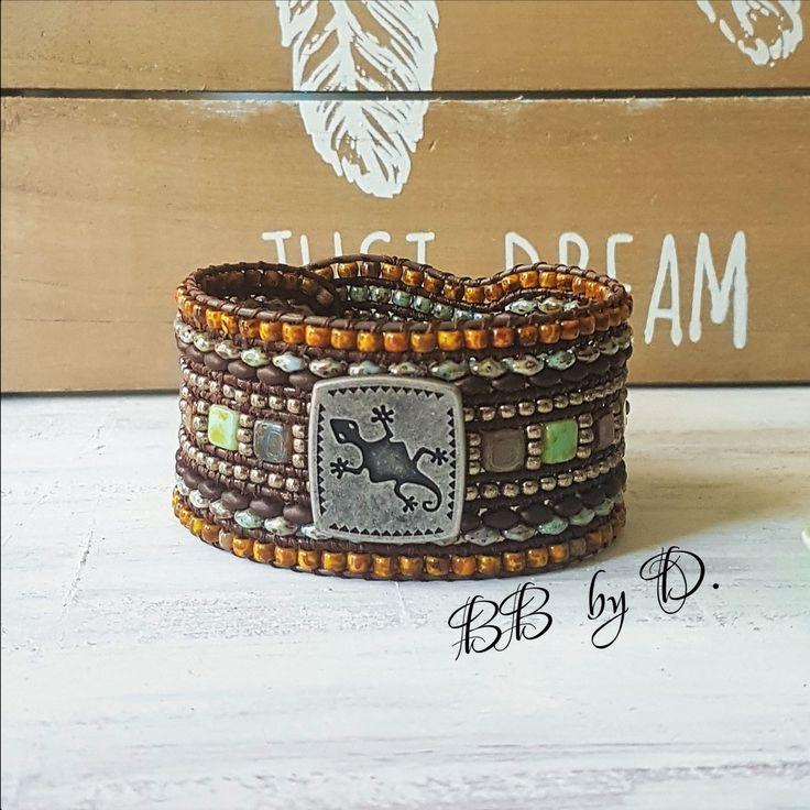 Bracelet Wrap Multi-Rangs , cuir, perles et Geko style boho, Hippie. Manchette gris vert, marron Picasso. Boho leather bracelet