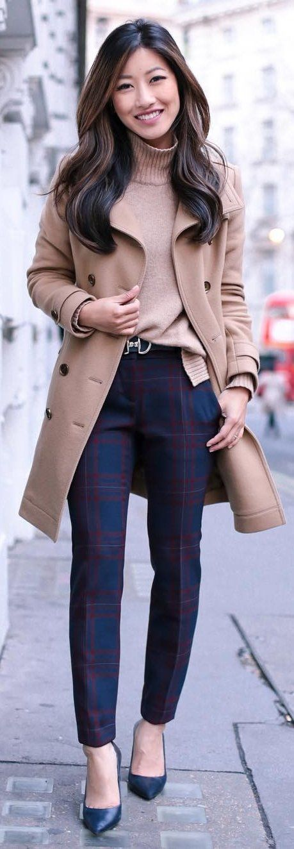 #winter #fashion /  Camel Coat / Beige Turtleneck / Blue Printed Pants / Black Pumps