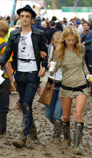 Kate Moss Glastonbury http://www.graziadaily.co.uk/fashion/news/kate-moss-cara-delevingne-burberry-london-fashion-week