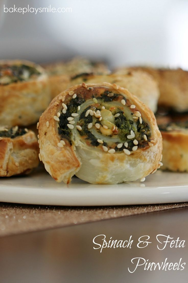 Spinach & Feta Pinwheels | The easiest and crispiest puff pastry Spinach & Feta Pinwheels! These make the perfect party food or super simple lunchbox fillers. @bakeplaysmile
