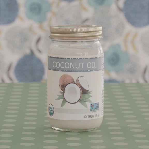 5 Ways to Clean With Coconut Oil