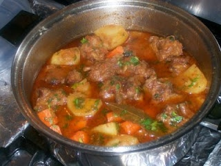 Rabo Encendido (Cuban Oxtail Stew). Can't wait to try this with the moros y christianos and platano maduro. Maybe some yuca too!