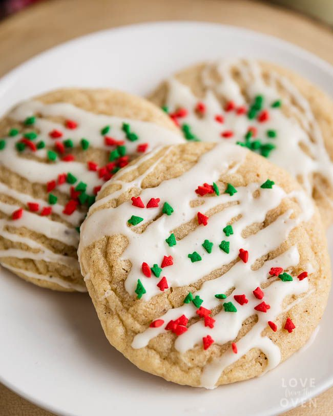 The flavors of eggnog meets soft chewy snickerdoodle cookies in these easy and delicious eggnog cookies. A great Christmas cookie recipe!