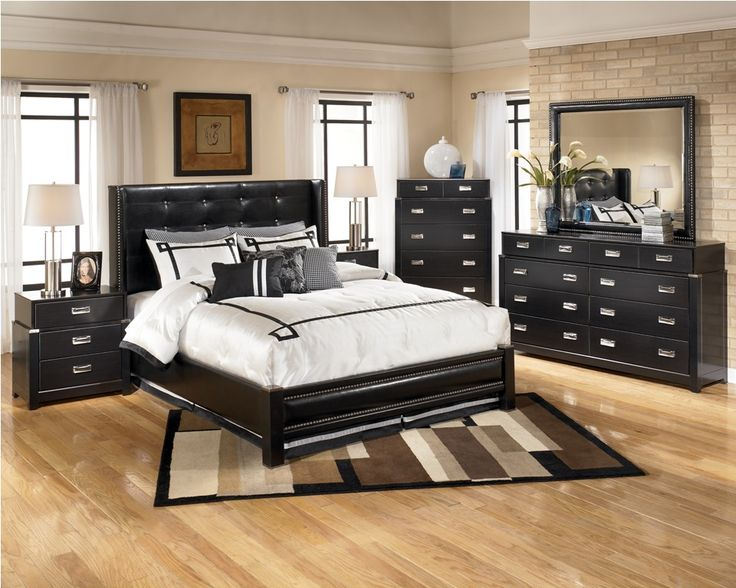 Queen Size Bedroom Sets For Small Rooms