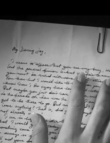 An analysis of the letter to daisy from jay gatsby in the great gatsby by f scott fitzgerald