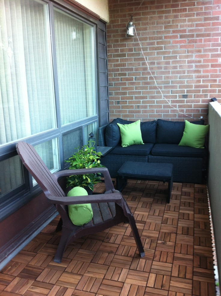 28 best deck tile grass turf flooring ideas for for Apartment balcony ideas