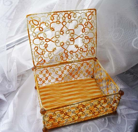 Tatting box jewelry gift for Her Home decor por ShopGift en Etsy