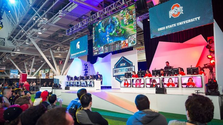 There's no prize money involved, although League of Legends maker Riot Games offers scholarships for the e-sports teams at Ohio State and competitors at other Big Ten campuses.