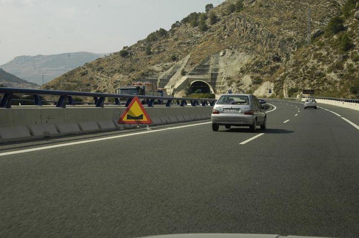 Fomento arreglará desde el lunes el asfalto de la A-44 desde Cambil-Huelma hasta el límite de provincia
