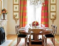 Nice color and chair cushions