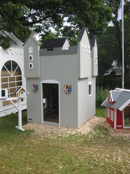 295 best images about playhouse on pinterest play houses diy playhouse and kid playhouse. Black Bedroom Furniture Sets. Home Design Ideas