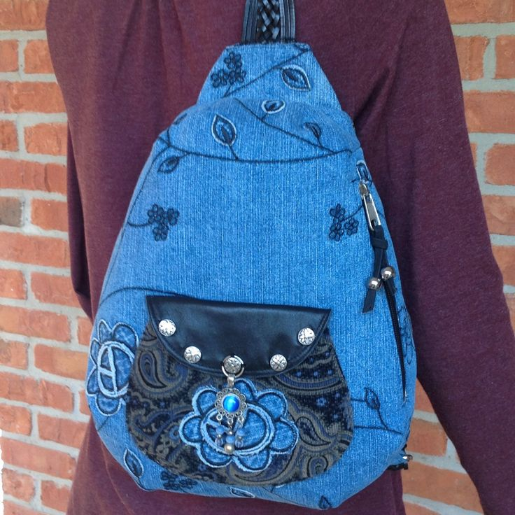 New handmade over the shoulder sling bag just finished.  Love this, just the perfect size!