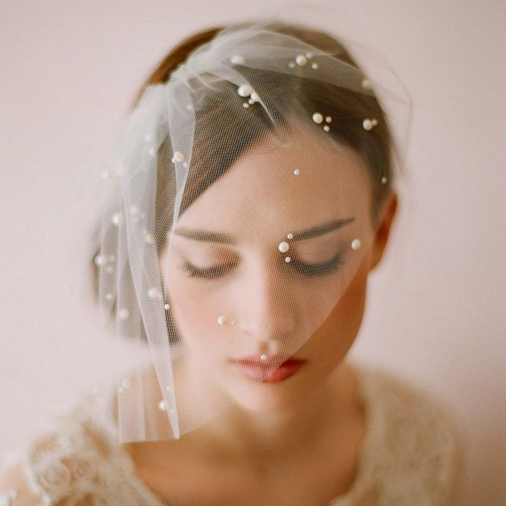 Voile Mariage White Wedding Veil with Pearls Beaded Birdcage Veil with Comb
