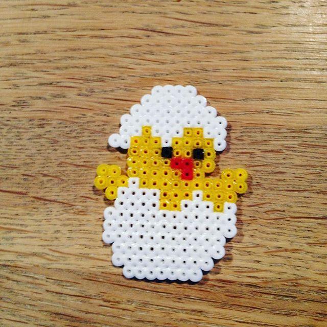 Easter chick hama mini beads by hasimausi47