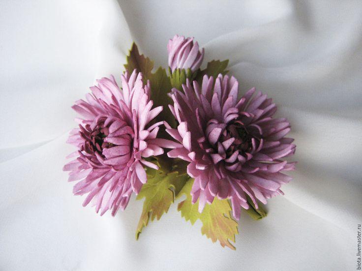 Купить Брошь с цветами.Букетик хризантем - брусничный, вишневый, брошь с цветами, купить брошь с цветами