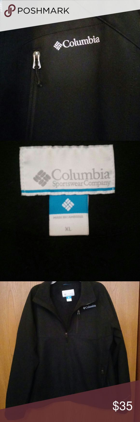 Men's Columbia Sportswear Company XL Jacket Only worn a few times men's jacket that looks lile it just came out of the store. No stains just a little bit of snagging underneath the columbia jacket which you can only feel and barley see. Columbia Jackets & Coats