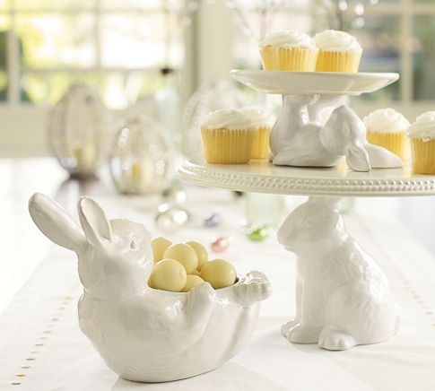 Bunny dessert stands-I love this: Candies Dishes, Bunnies Cake, Easter Bunnies, Cake Stands, Bunnies Cupcakes, Teas Parties, Cake Plates, Cupcakes Stands, Pottery Barns