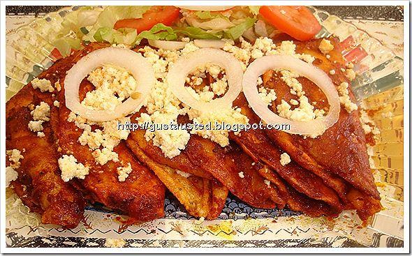 enchiladas de chile ancho o guajillo