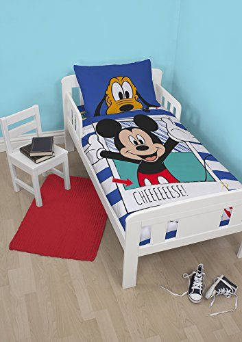 Character World Disney Mickey Mouse Polaroid Parure de lit Junior Multicolore Character World http://www.amazon.fr/dp/B00WGH5XKM/ref=cm_sw_r_pi_dp_gTe.wb129KVZK