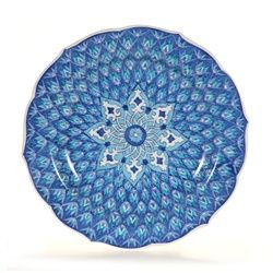 This hand painted Turkish decorative plate is a beautiful example of Turkish ceramics. This Turkish ceramic plate adds to your Turkish decor and Mediterranean decor. Our decorative plates are lead-free, and are lovely serving or decorative wall plates.