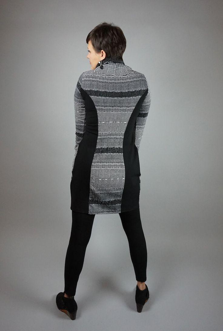 Collar Dress by Lousje & Bean http://www.lousjeandbean.ca/shop/knit-collar-dress-gryblk/ #tunicdress #cozydress #lousjeandbean #slimingdress #artshoes #canadianmade