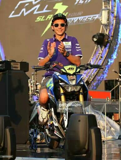 Vale with Yamaha M Slaz