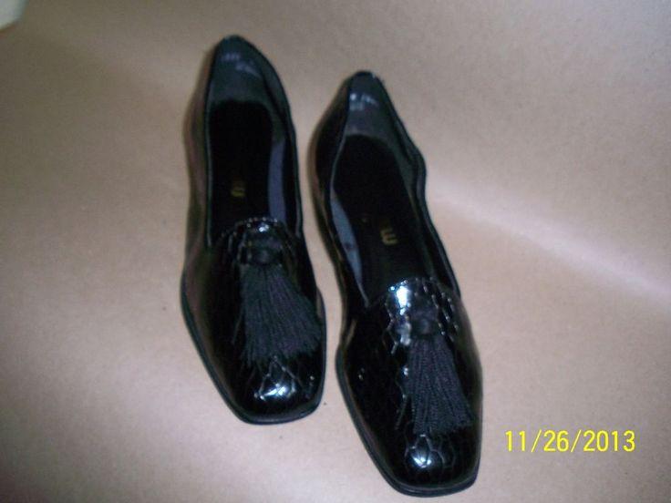 Women's black alligator shoes