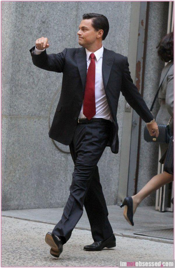 15 Oscar-Worthy Photoshops Of Leonardo DiCaprio Taking A Walk #funny pic.twitter.com/gcnhceuvU1 http://ibeebz.com