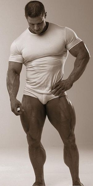 Big Upper Body And Quads