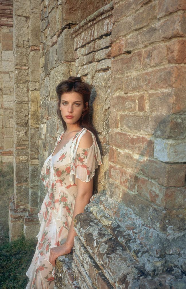 Liv Tyler, Stealing Beauty, Tuscany                              …