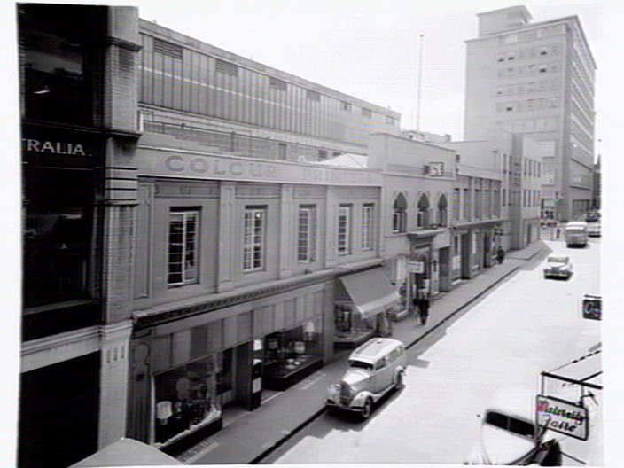 Wow. Little Collins Street Melbourne in 1957