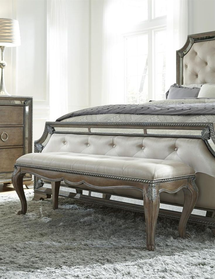 Karissa Uph Bed Bench (Karissa Benches) | Pulaski Furniture | Home Meridian