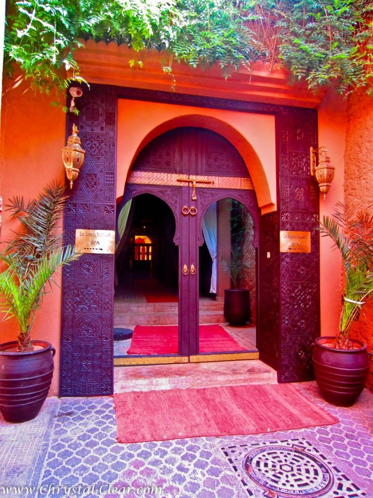 Rich, exotic colors invite guests into the Les Bains de Marrakech