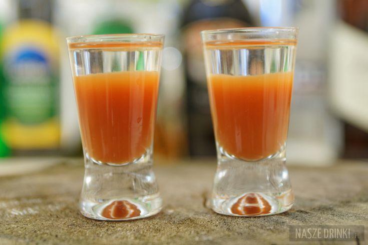 Russian Bloody Mary – shot z sokiem pomidorowym