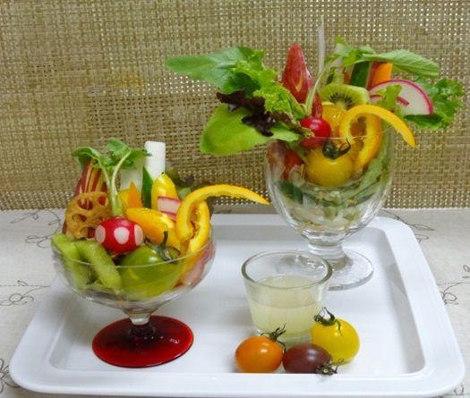 サラダパフェ~はちみつドレッシング~|レシピ|広島赤十字・原爆病院