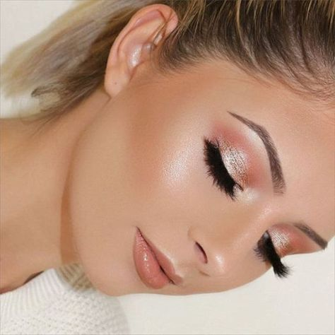 glowing skin, blush pink eyeshadow